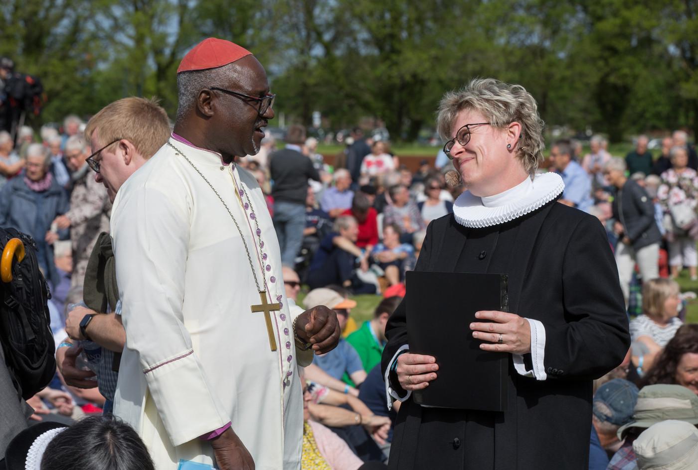 To præster i samtale